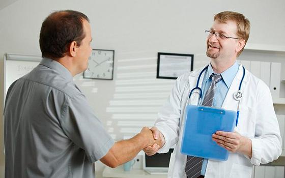 Мужчина и врач - уролог