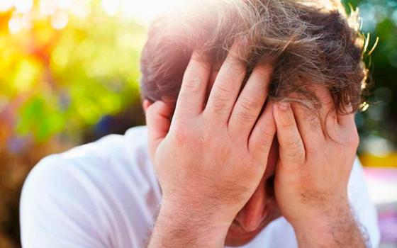 Головные боли и головокружение - побочные эффекты от приема альфа-адреноблокаторов