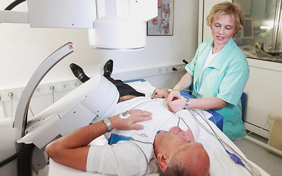 Хирургический метод удаления камней из предстательной железы